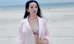 Gần chạm ngưỡng 50, Hoa hậu Giáng My vẫn tự tin phô diễn đường cong với bikini 2 mảnh