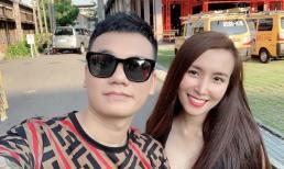 Khắc Việt đăng ảnh vợ bầu bí vẫn vô cùng xinh đẹp, Pha Lê tiết lộ: 'Chửa ngực'