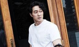 2 tháng sau khi kết hôn, So Ji Sub tái xuất với diện mạo 'gừng càng già càng cay'