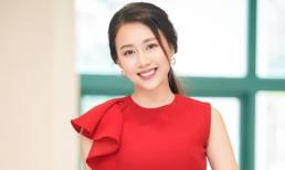 Huỳnh Hồng Loan đăng đàn xin lỗi sau phát ngôn chê 'đàn ông nghèo thì không thông minh'