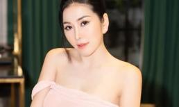 Á khôi Trịnh Thanh Hồng diện áo trễ vai, khoe nhan sắc cực kỳ quyến rũ
