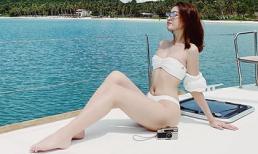 Hoa hậu Đỗ Mỹ Linh táo bạo diện bikini bé xíu trên du thuyền 5 sao