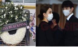 Đám tang bố 'Nữ thần rắn' Taew Natapohn: Dàn sao khủng Thái Lan đeo khẩu trang tham dự, Lisa (BLACKPINK) gửi vòng hoa chia buồn