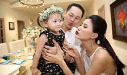 Dữ dằn là thế, Trang Trần vẫn bị chồng vơ hết nét đẹp của con về mình mà không nói nên lời