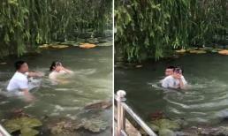 Nhóm nam sinh gây phẫn nộ khi hùa nhau ném bạn nữ xuống hồ nước khiến nạn nhân ho sặc sụa
