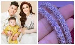 Lâm Khánh Chi khoe quà sinh nhật sớm của ông xã: Cặp vòng toàn kim cương nhìn đã loá mắt