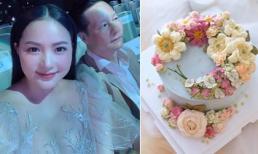Phan Như Thảo tổ chức tiệc mừng sinh nhật cho chồng đại gia, chiếc bánh tự làm đúng chuẩn 'vợ đảm'
