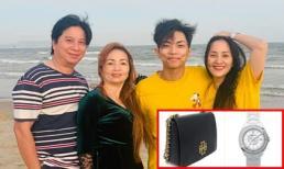 Khánh Thi bất ngờ khi được mẹ chồng tặng đồ hàng hiệu