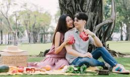 'Bà bầu' Thúy Vân rạng rỡ đi picnic cùng chồng dịp cuối tuần
