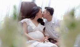 Đàm Thu Trang tung bộ ảnh cuối thai kì bên Cường Đô La, nhan sắc quả đáng gờm