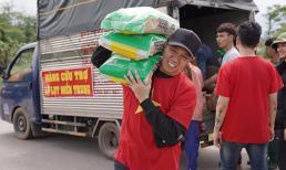 Anh Đức, Cao Thái Sơn vác hàng cứu trợ lên đồng bào miền núi