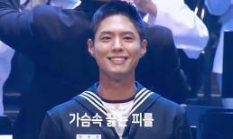 'Tình trẻ tin đồn' của Song Hye Kyo bị chỉ trích khi quảng cáo phim trong sự kiện của quân đội