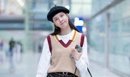 Một cách mặc phổ biến trong mùa thu này là 'áo ghi lê + sơ mi dệt kim' vừa ấm áp lại vừa thời trang