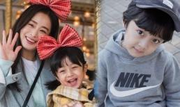 'Con gái Kim Tae Hee' bất ngờ gây bão mạng vì loạt ảnh mới đáng yêu hết phần thiên hạ