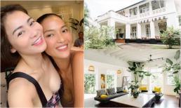 Thu Minh thăm nhà cổ 80 năm tuổi của cựu siêu mẫu Bằng Lăng ở Singapore