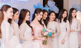 Bức ảnh đủ mặt hội 'chị em bạn dì' cực xinh trong đám hỏi Phan Thành - Primmy Trương