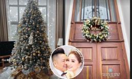 Không khí Noel bên trong biệt thự trắng của vợ chồng Bảo Thy: Cây thông cao 3m, vòng Giáng sinh khổng lồ