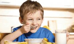 4 bữa sáng 'dinh dưỡng giả' đang phá hủy dạ dày và khả năng miễn dịch của trẻ