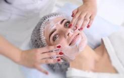 Nếu bạn muốn có một làn da đẹp, hãy tránh 5 cách rửa mặt sai lầm này
