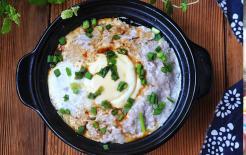 Khi nhiệt độ xuống thấp, thịt hấp trứng là món ăn bổ dưỡng nhất, giàu đạm và dễ tiêu, tốt nhất cho người già và trẻ em