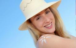 Khi đi ra ngoài, cái nào che nắng hơn, ô hay mũ? Thật không may, hầu hết mọi người đều làm sai