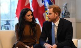 Meghan và Harry thực hiện cuộc phỏng vấn 'dội bom' Hoàng gia Anh sau khi thông báo tin vui sắp đón thành viên mới