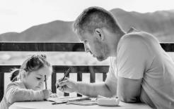 Đừng hoảng sợ khi bạn lần đầu tiên trở thành một người cha! 10 cách giúp bạn trở thành một người cha tốt