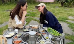 Son Ye Jin đi hẹn hò với 'chị gái Song Hye Kyo', dân tình đoán Hyun Bin là người chụp ảnh