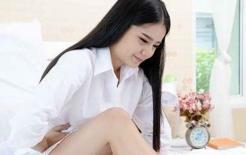 Nữ sinh viên đại học 20 tuổi bị dính băng vệ sinh, bác sĩ không thể nhịn được cười sau khi nghe cô gái chia sẻ vì 'dùng sai cách'