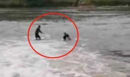 Lao mình xuống dòng nước xiết cứu người, đến khi nhìn mặt nạn nhân người đàn ông sững lặng rồi ôm mặt khóc nức nở