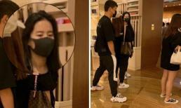 Để mặt mộc đi mua sắm, 'Tiểu Long Nữ' Lưu Diệc Phi được bảo vệ hết mực