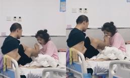 Khoảnh khắc người chồng khuyết tật dùng chân chăm sóc vợ trong viện gây xúc động mạnh