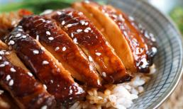 Bạn có thể nấu cơm đùi gà teriyaki tại nhà, ngay sau khi học được công thức làm sốt teriyaki dành cho người sành ăn này