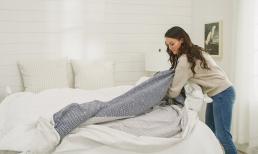 Tại sao khi giặt vỏ chăn phải lộn từ trong ra ngoài? Nhiều người bao nhiêu năm rồi vẫn sai