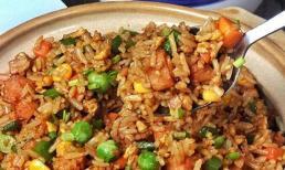 Đừng vứt bỏ bữa ăn qua đêm! Hướng dẫn các bạn cách làm cơm chiên giòn siêu ngon dành cho dân văn phòng