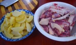 Vịt luộc mãi cũng chán, hãy thử làm món thịt vịt kho kiểu mới này, vị chua chua nóng hổi siêu ngon miệng, công thức cực đơn giản
