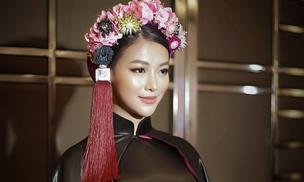 Phương Khánh diện áo dài hơn nửa tỉ chấm thi Trang phục dân tộc tại Miss Earth 2019