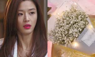 Mua hoa cho con tặng cô giáo, chiều về được con tặng lại bó hoa ấy, chưa hiểu chuyện gì xảy ra tôi đã bị những phụ huynh khác chê trách