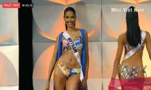 Hoàng Thùy diễn bikini 'rực lửa' trên sân khấu Bán kết Miss Universe 2019