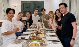 'Hai bà bầu mới của showbiz' Thu Thủy và Sara Lưu hội ngộ tại nhà Đăng Khôi