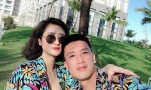Bạn gái hot girl dằn mặt các 'em gái mưa' của cầu thủ Huy Hùng