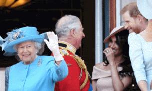 Nhờ thế lực đặc biệt mà vợ chồng Meghan dù nhiều lần vô lễ với Nữ hoàng vẫn có cơ hội quay về Hoàng gia Anh