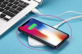Điện thoại để trên bàn thế nào là tốt nhất, nên úp mặt xuống hay ngửa mặt lên?