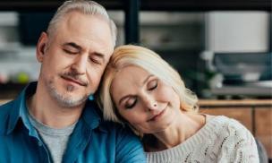 """5 thời điểm các cặp đôi không thích hợp để """"thân mật"""", bởi không có lợi cho thể chất và tinh thần"""