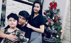 Trương Quỳnh Anh - Tim cùng con trai tạo nên khung ảnh 3 người cùng đón Giáng sinh gây xúc động