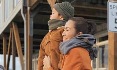 Sau khi khoe con gái, Hà Tăng hào phóng công bố ảnh cận mặt con trai