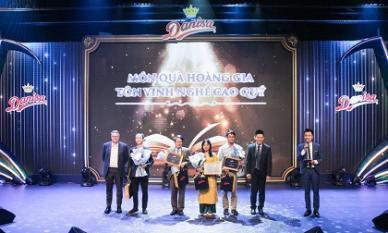 Những khoảnh khắc ý nghĩa và lắng đọng tại đêm nhạc 'Danisa - Món quà hoàng gia tôn vinh nghề cao quý'