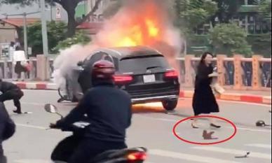 Vụ xe sang Mercedes gây tai nạn rồi bốc cháy: Nữ tài xế khai do đi giày cao gót, đạp nhầm chân ga