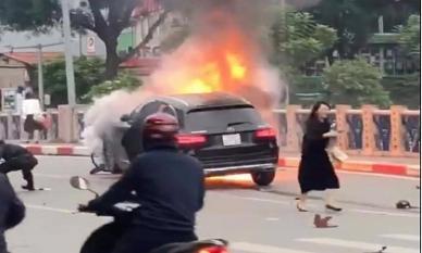 Thông tin mới vụ xe sang Mercedes gây tai nạn liên hoàn rồi bốc cháy ở Hà Nội