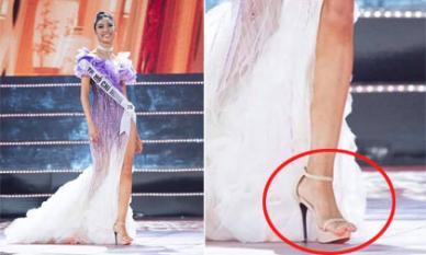 Dân mạng soi đôi giày 'sai quá sai' của Thuý Vân trong chung kết Hoa hậu Hoàn vũ Việt Nam